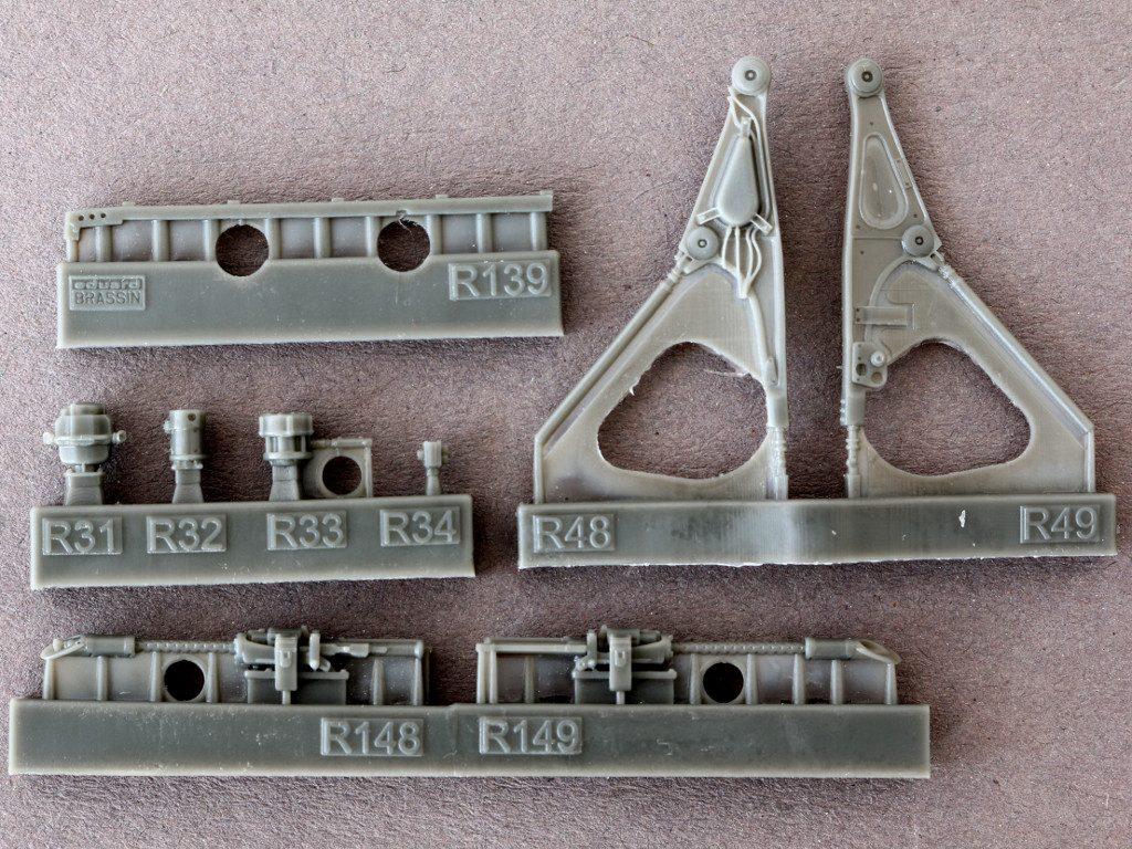 1-7-1024x768 Bf 109F Engine and Fuselage Guns Eduard 1:48 (648 300)