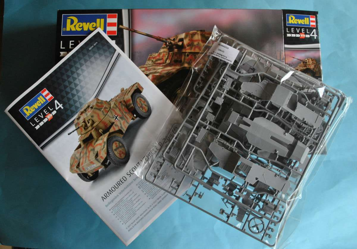 Revell-03259-P-204-f-3 Armoured Scout Vehicle P 204 (f) von Revell ( 03259)
