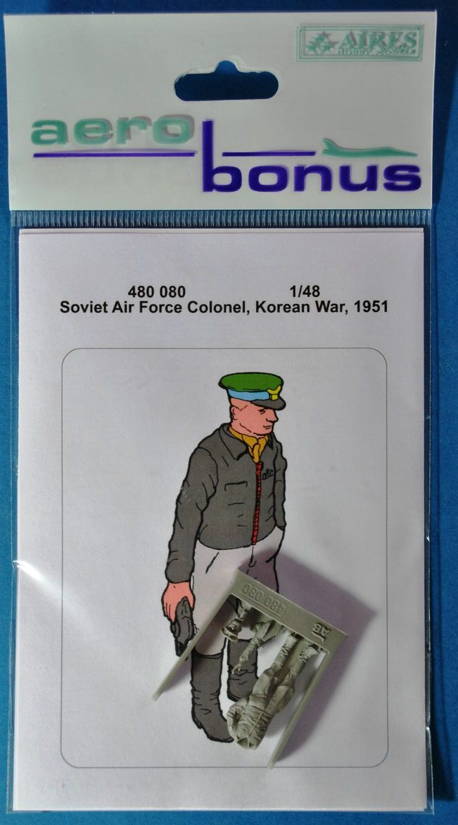 AeroBonus-480080-Soviet-Airforce-Colonel-Korean-War-6 Soviet Air Force Colonel Korean War 1951 von Aerobonus 1:48