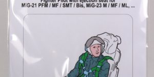 MiG-21 / MiG-23 Fighter Pilot with ejection seat – Aerobonus – 1/48  —  #480 071