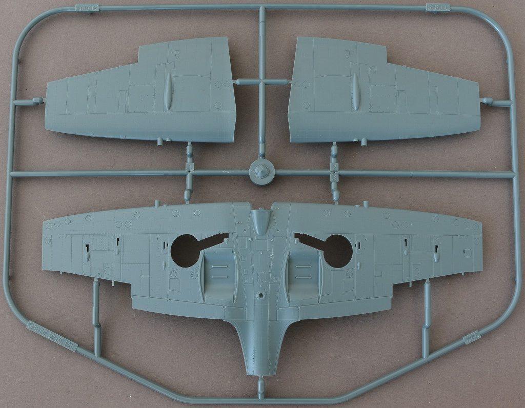 C-1024x796 Spitfire Mk. IXc (early version) Eduard ProfiPACK 1:48 (#8282)