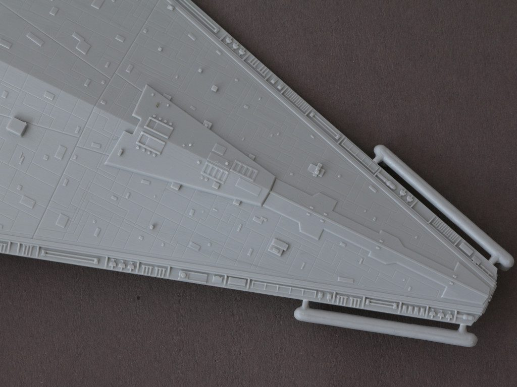 D-1-1024x768 Imperial Star Destroyer Revell 1:2700 (#06052)