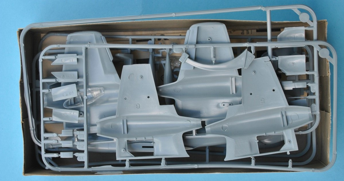 FROG-F200-Gloster-Meteor-F.Mk_.IV-Spritzgussteile-9 Gloster Meteor F.Mk. IV von FROG im Maßstab 1:72