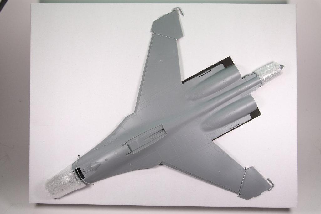 Hobby-Boss_Su-27_07 Su-27 Flanker B - Hobby Boss 1/48 --- 81711