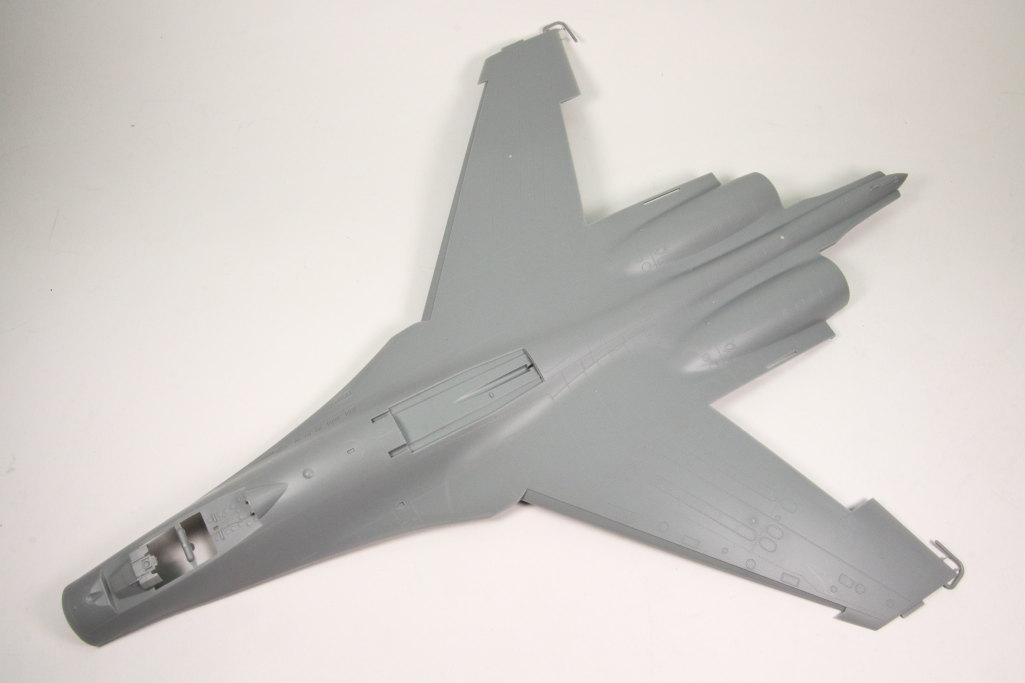 Hobby-Boss_Su-27_49 Su-27 Flanker B - Hobby Boss 1/48 --- 81711