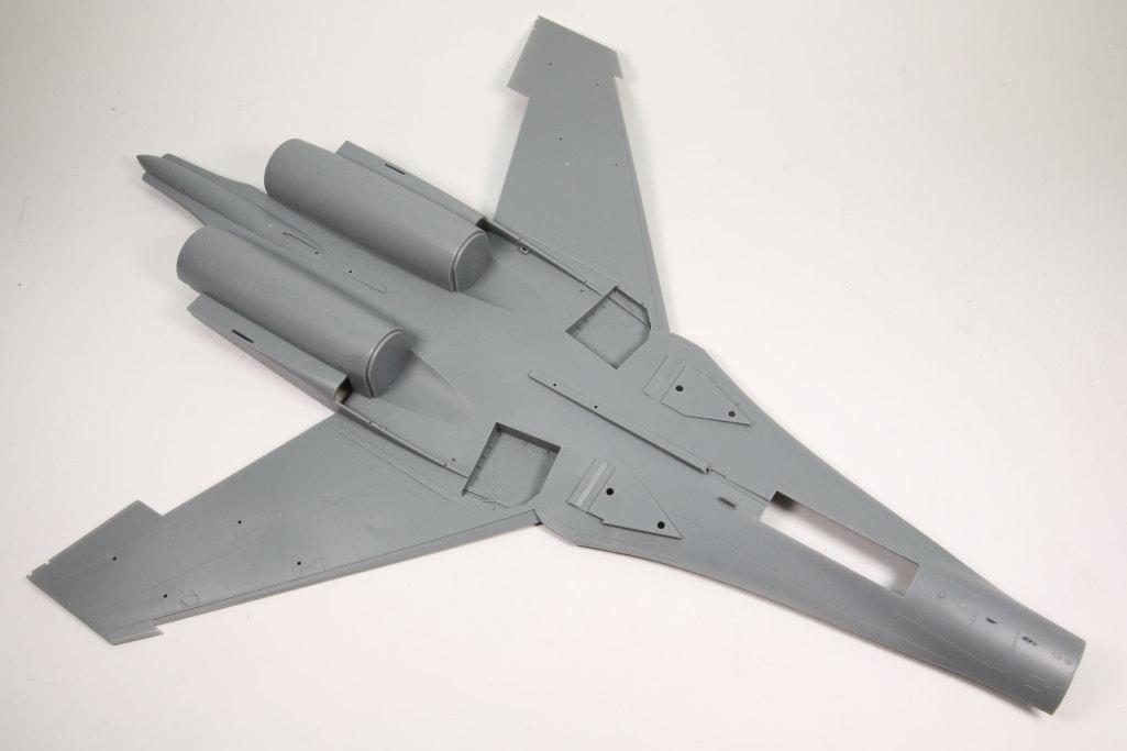 Hobby-Boss_Su-27_55 Su-27 Flanker B - Hobby Boss 1/48 --- 81711