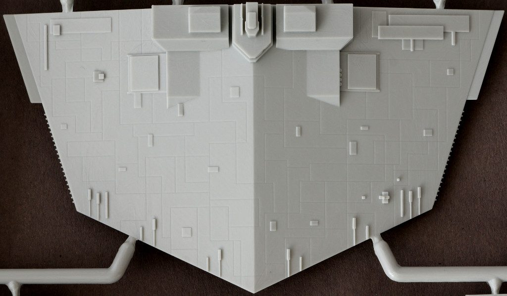 I-1-1024x599 Imperial Star Destroyer Revell 1:2700 (#06052)