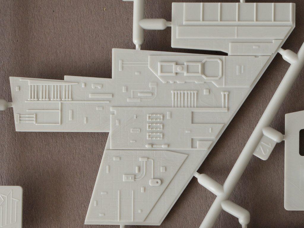 J-1-1024x768 Imperial Star Destroyer Revell 1:2700 (#06052)