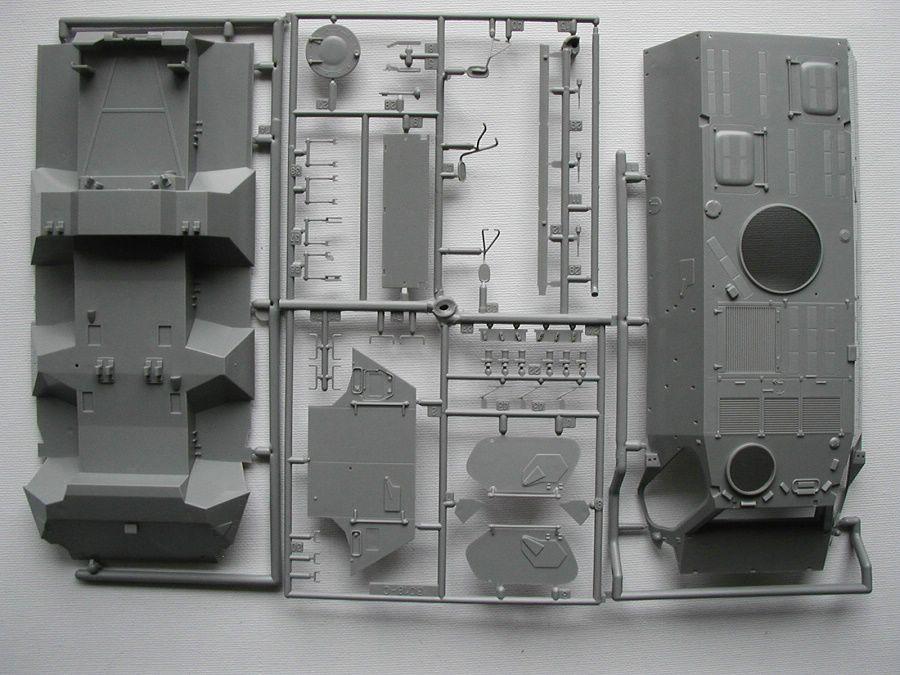 "Revell-03256-TPz-Fuchs-15 Transportpanzer ""Fuchs"" von Revell im Maßstab 1:35 ( 03256 )"