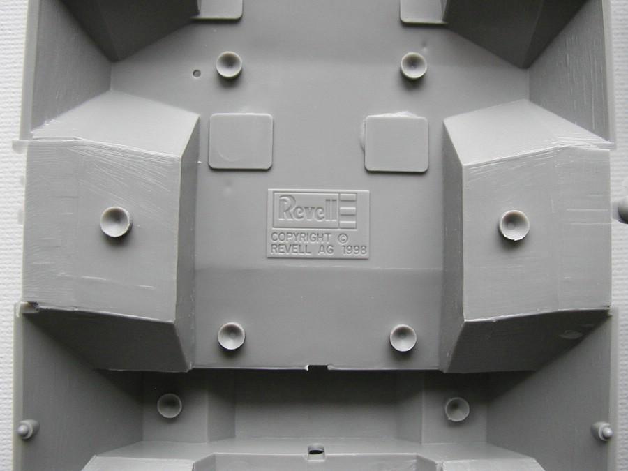 "Revell-03256-TPz-Fuchs-23 Transportpanzer ""Fuchs"" von Revell im Maßstab 1:35 ( 03256 )"