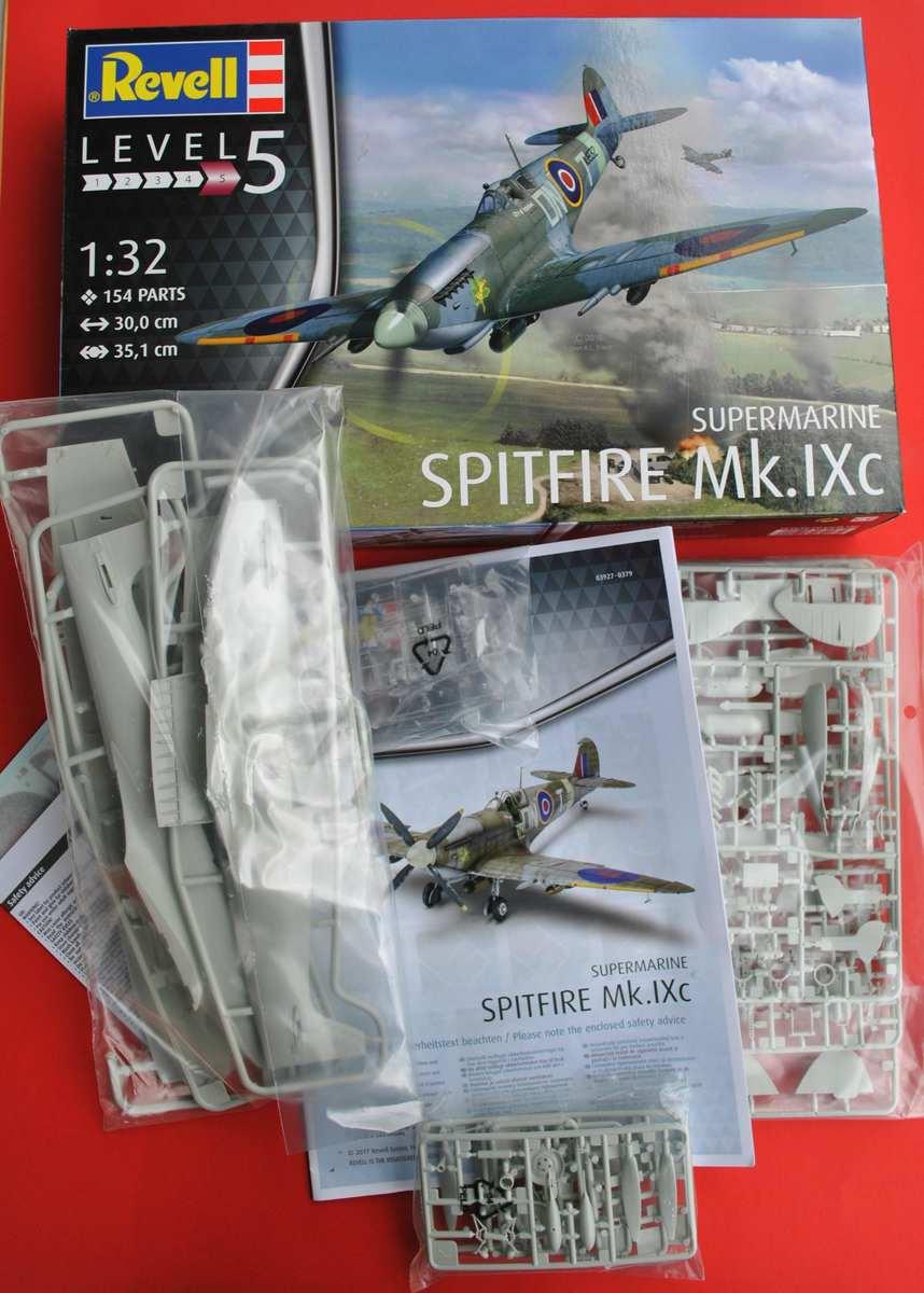 Revell-03927-Spitfire-Mk.-IXc-Bausatzinhalt Spitfire Mk. IXc von Revell im Maßstab 1:32 ( 03927 )