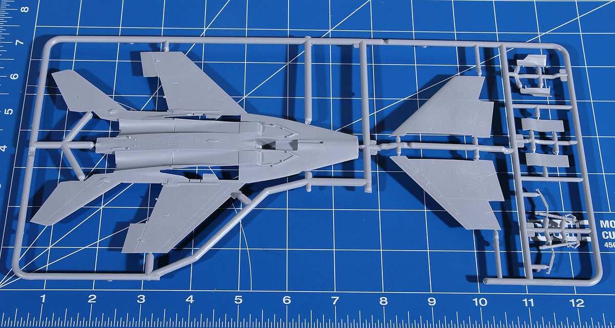 Revell-03936-MiG-29S-1zu72-13 MiG-29S Fulcrum von Revell (1:72; # 03936 )