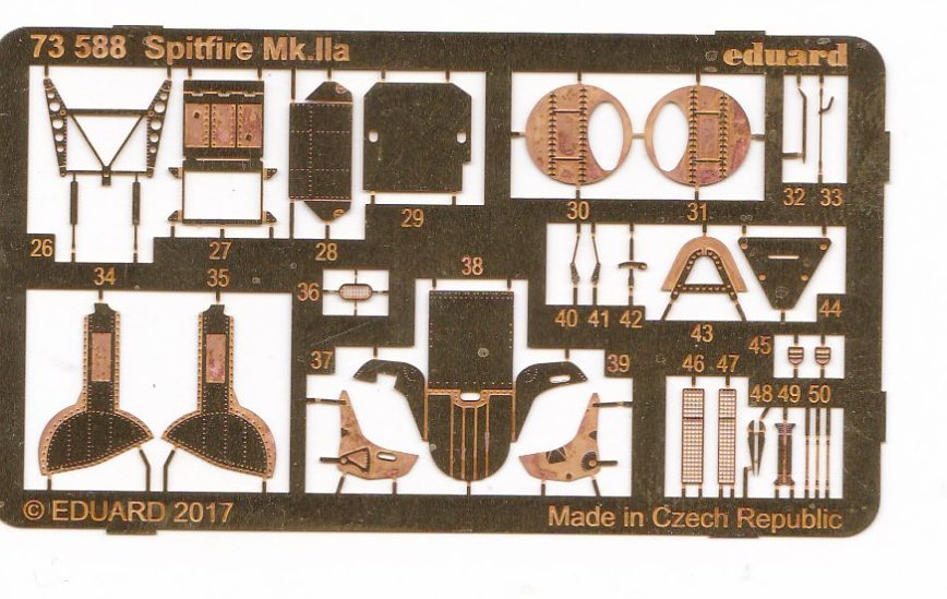 Eduard-73588-Spitfire-Mk.IIa-Interior-und-Exterior-1-e1493644773908 Eduard - Zubehör für die Spitfire Mk. IIa von Revell in 1:72