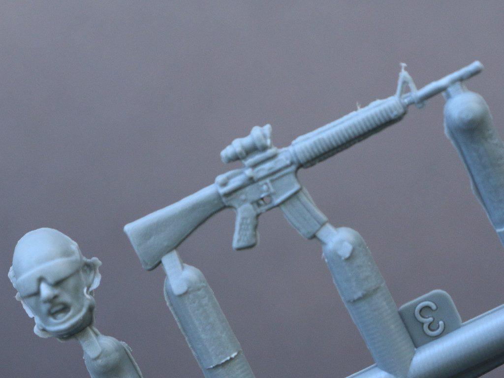Detail05-1024x768 USMC Tank Crew 1:35 Miniart (#37008)