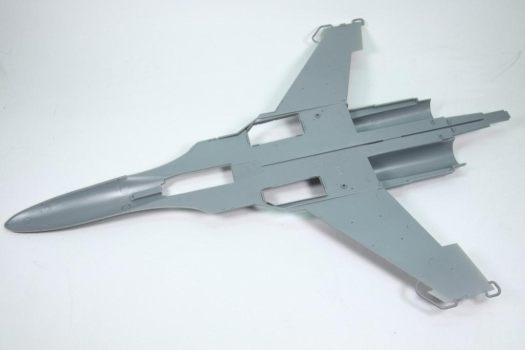 HobbyBoss_Su-34_010 Su-34 Fullback Fighter-Bomber - Hobby Boss 1/48  ---  #81756