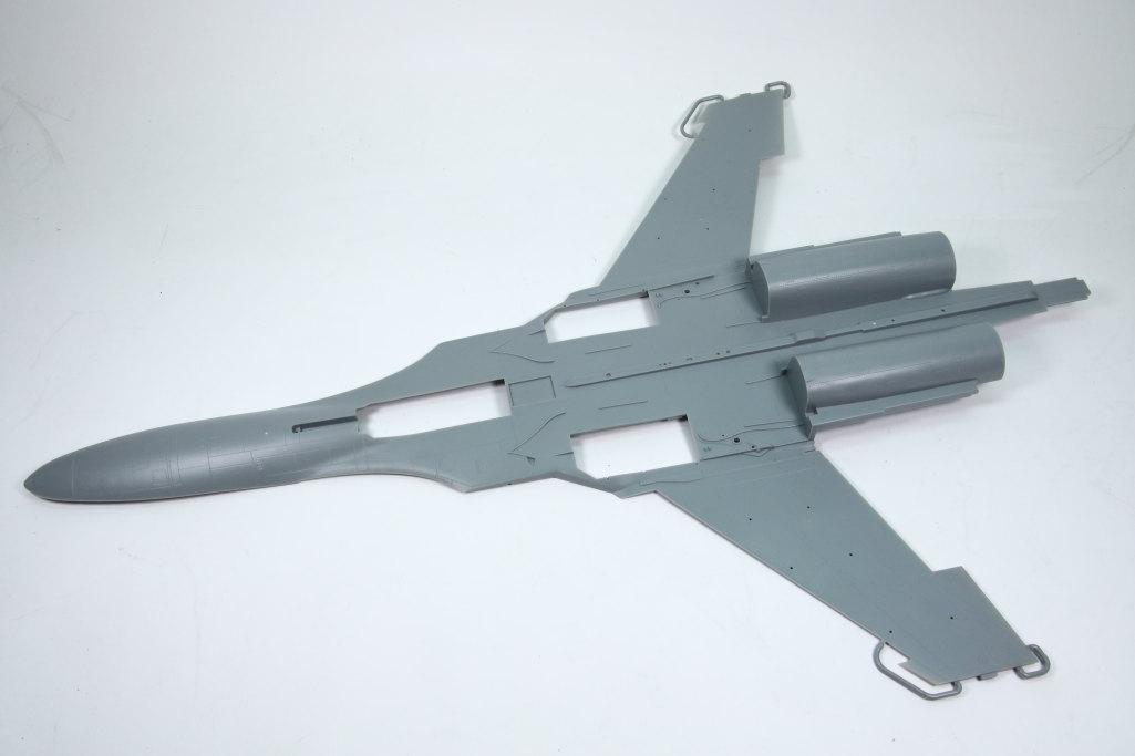 HobbyBoss_Su-34_011 Su-34 Fullback Fighter-Bomber - Hobby Boss 1/48  ---  #81756