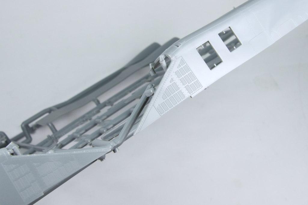 HobbyBoss_Su-34_061 Su-34 Fullback Fighter-Bomber - Hobby Boss 1/48  ---  #81756