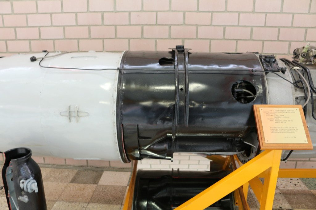 Jumo004-4-1024x683 Horten Ho229A-1 Flying Wing 1:48 Dragon (#5505)