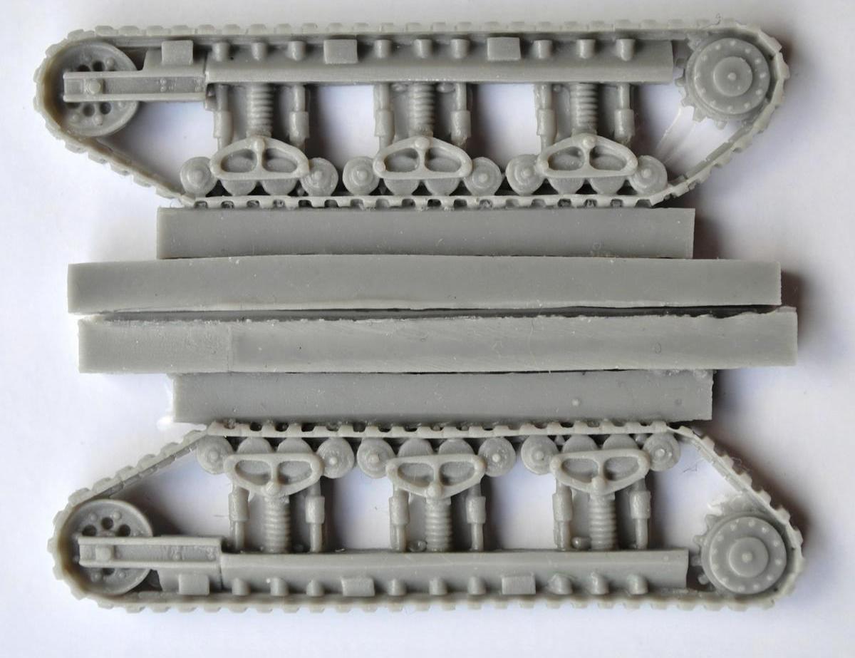 Modell-Trans-MT-72809-Renault-NC-27-Otsu-Gata-3 Renault NC-27 und Otsu-Gata in 1:72 von ModellTrans # 72809