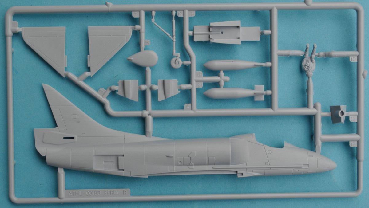 Airfix-A03029-Douglas-A-4B-Skyhawk-26 Douglas A-4B Skyhawk in 1:72 von Airfix A03029