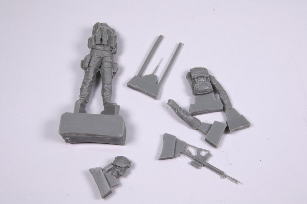 Black-Dog_Canadian-Soldiers_09 Canadian Soldier Team in Afghanistan - Black Dog 1/35  ---  #F35018