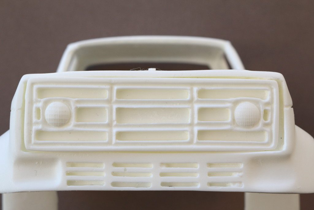 GMC-1024x683 GMC or Chevy C6500 P&P VINTAGE KIT'S 1:25