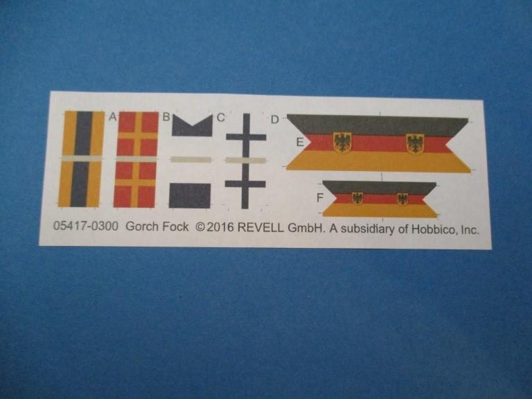 Revell-05417-Gorch-Fock-Flaggen Segelschulschiff Gorch Fock von Revell 1:150 (# 05417)