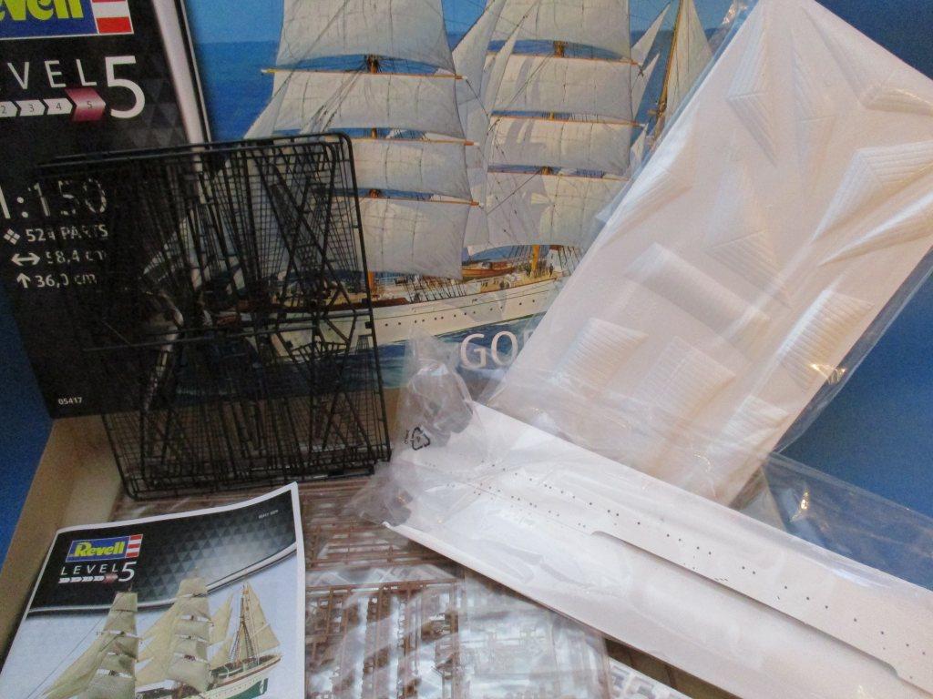 Revell-05417-Gorch-Fock-Gesamtübersicht Segelschulschiff Gorch Fock von Revell 1:150 (# 05417)