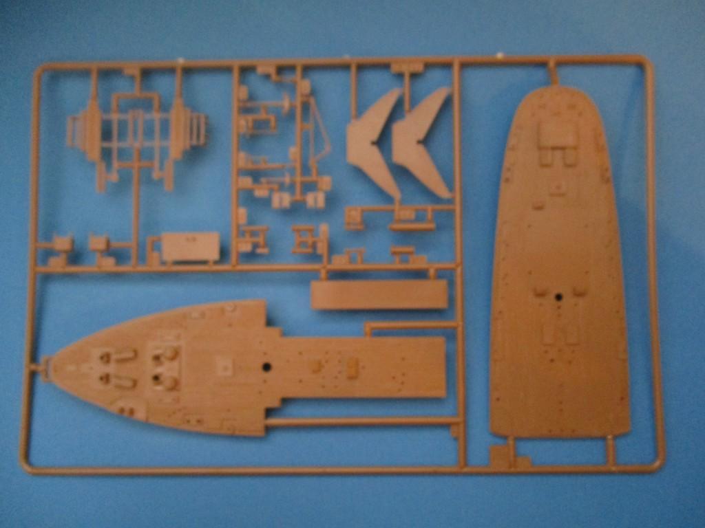 Revell-05417-Gorch-Fock-Spritzling-2 Segelschulschiff Gorch Fock von Revell 1:150 (# 05417)