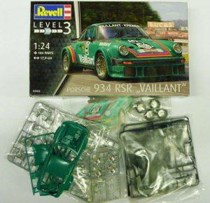 Revell-07032-Porsche-934-RSR-Vaillant-1-300x289 Revell 07032 Porsche 934 RSR Vaillant (1)