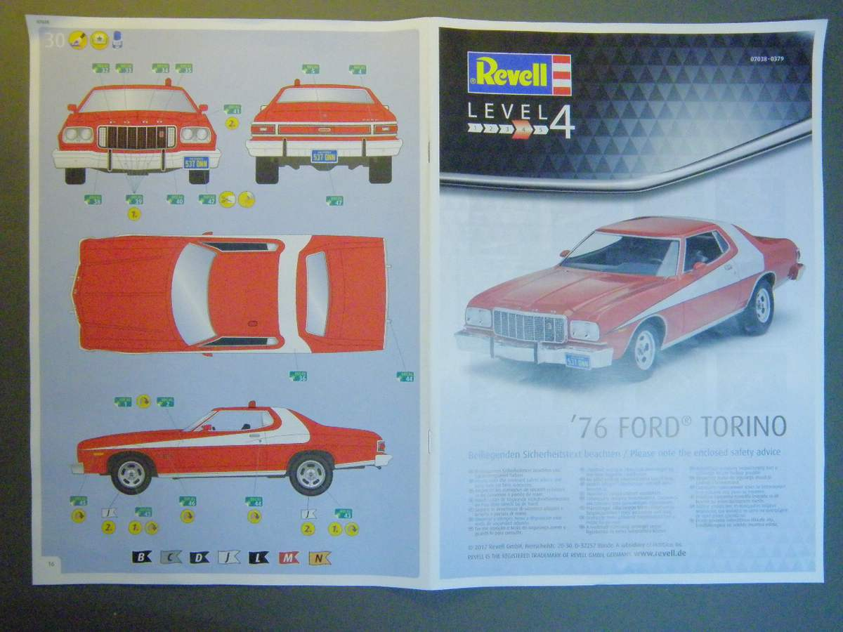 Revell-07038-Ford-Torino-Starsky-Hutch-4 `76 Ford Torino von Revell in 1:25( 07038 )