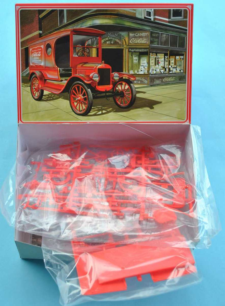 AMT-1923-Ford-Model-T-Delivery-Van-14 Ford Model T Delivery Van von AMT (Round 2) in 1:24