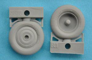 Eduard-648343-Walrus-Mk.-I-Wheels-4-300x196 Eduard 648343 Walrus Mk. I Wheels (4)