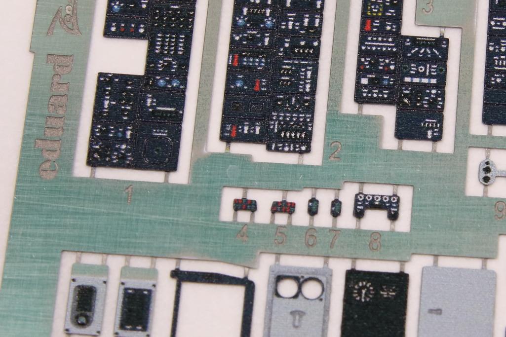 Eduard_F-14B_HB_ZOOM_02 PE-Set für die F-14B von Hobby Boss - Eduard ZOOM 1/48  ---  FE591