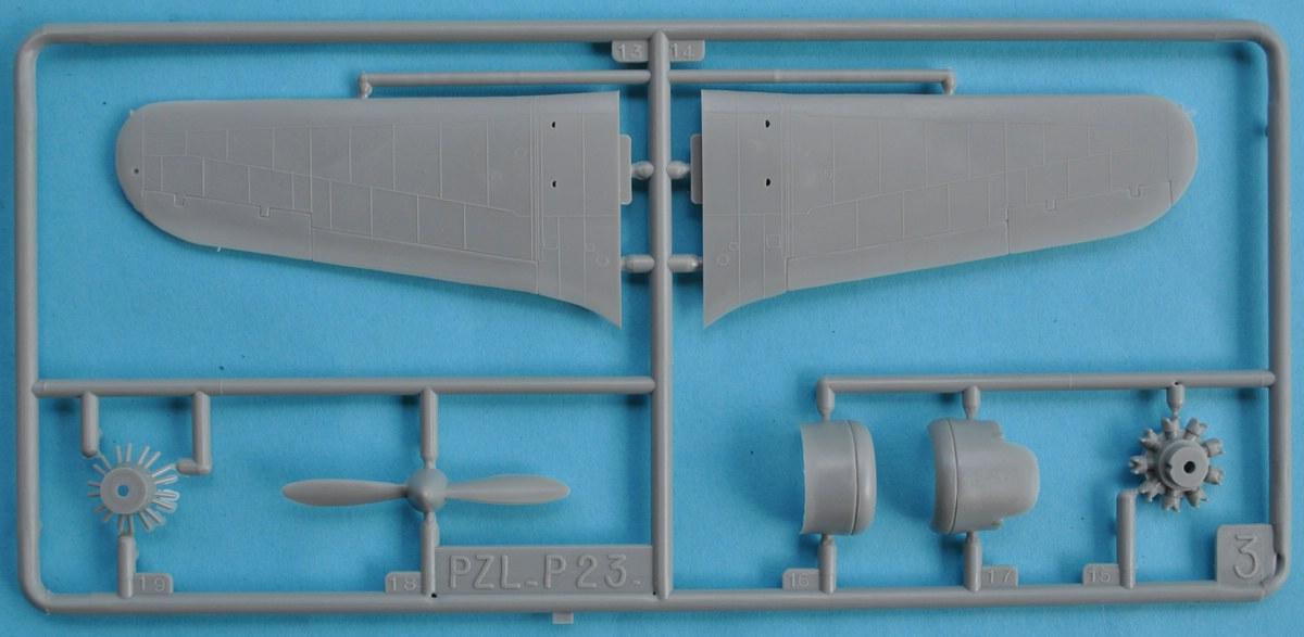 Heller-80247-PZL-P.23-Karas-16 Kit-Archäologie: PZL P.23 Karas A und B von Heller ( 1:72)