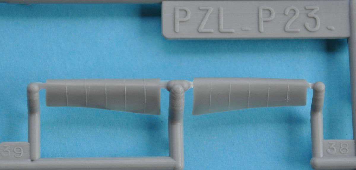 Heller-80247-PZL-P.23-Karas-8 Kit-Archäologie: PZL P.23 Karas A und B von Heller ( 1:72)