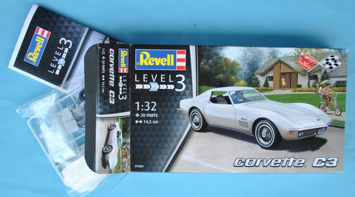 Revell-07684-Corvette-C3-1zu32-22 Corvette C3 im Maßstab 1:32 von Revell ( # 07684)