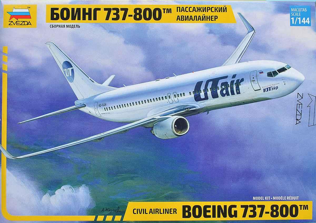 Zvezda-7019-Boeing-737-800-12 Boeing 737-800 in 1:144 von Zvezda ( 7019 )