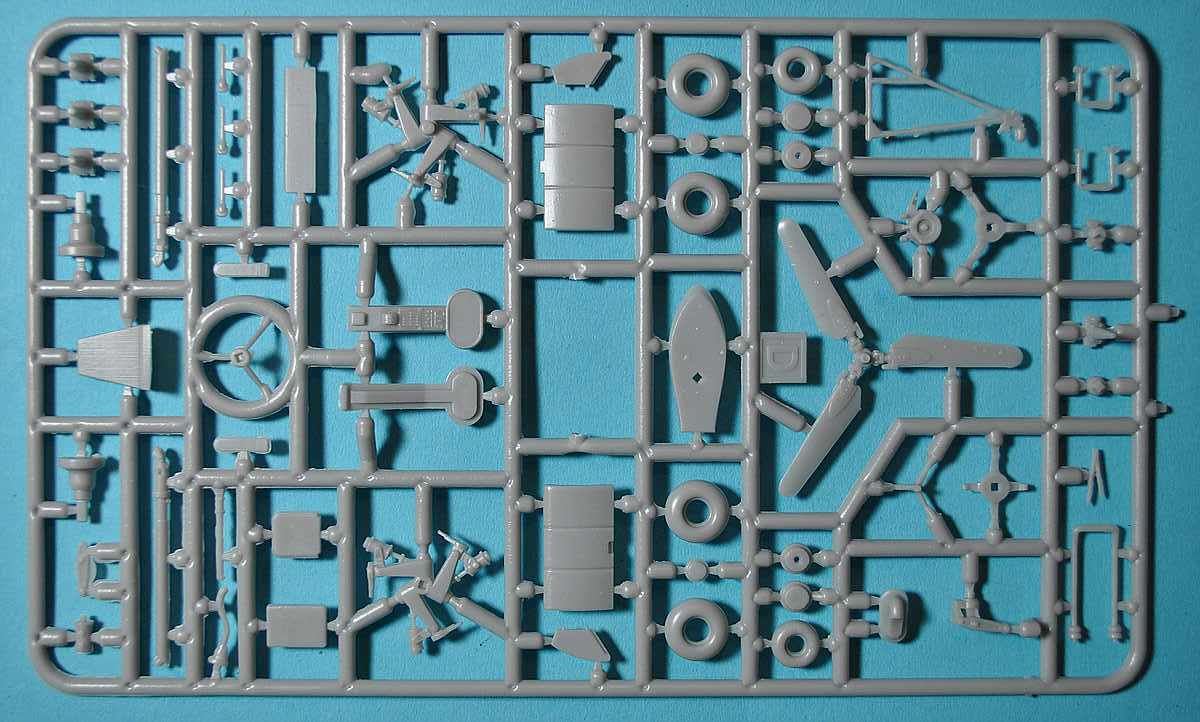 AMP-48001-Sikorsky-HO3S-1-19 Sikorsky HO3S-1 ( S-51) in 1:48 von AMP (48001)