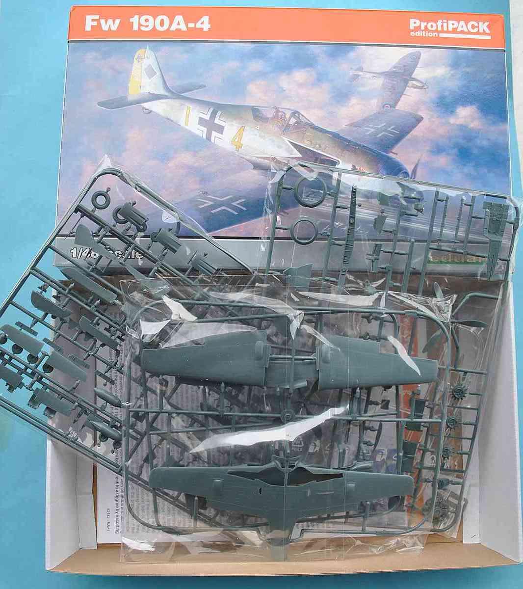Eduard-82142-FW-190-A-4-Profipack-18 Focke Wulf FW 190 A-4 in 1:48 von Eduard als PROFIPACK-Edition 82142