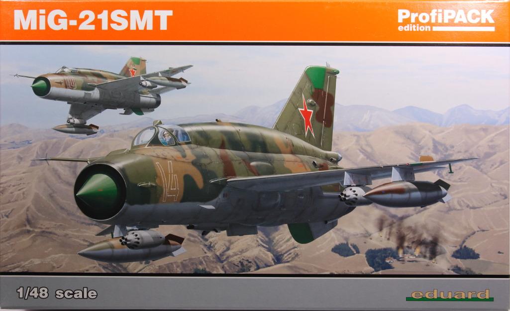 Eduard_MiG-21DMT_82 MiG-21SMT - Eduard 1/48
