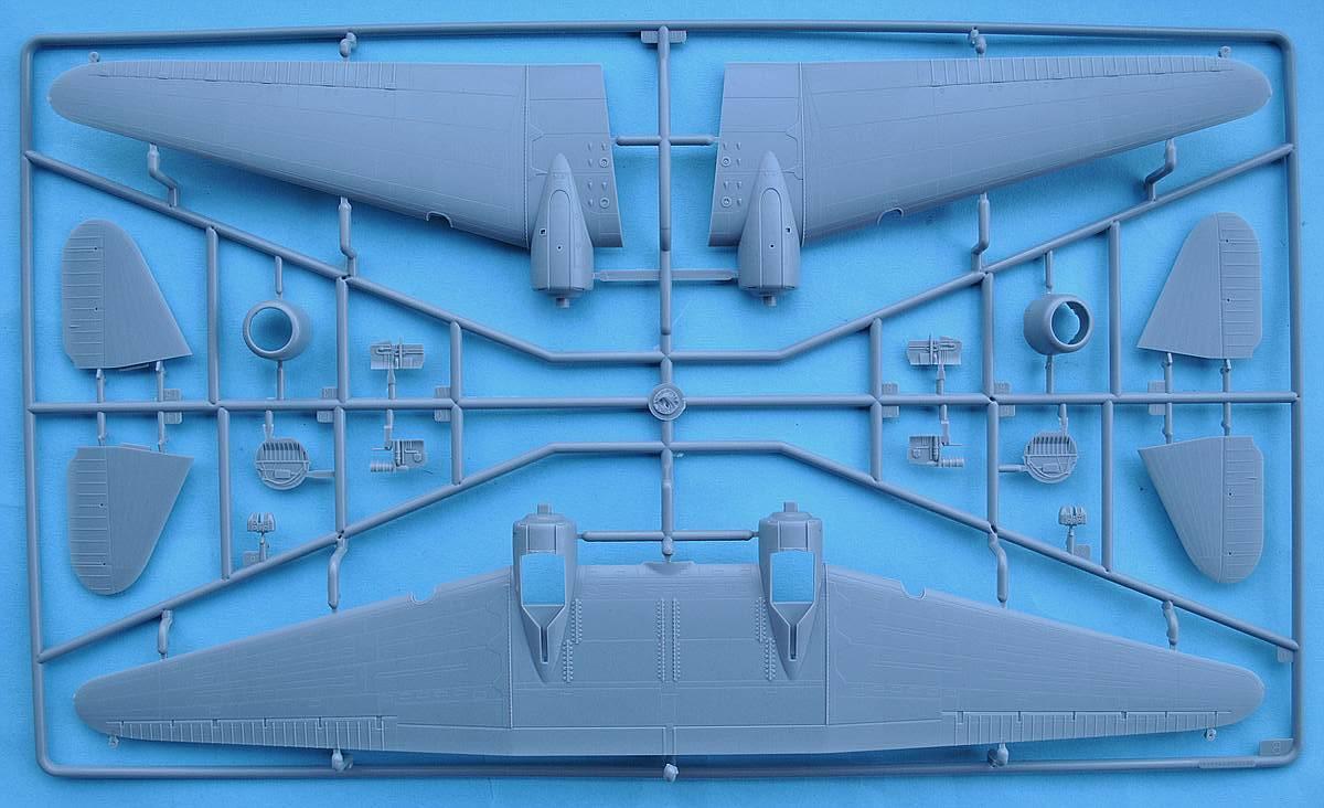 HobbyBoss-87264-C-47A-Skytrain-23 C-47A Skytrain von Hobby Boss in 1:72 (87264)