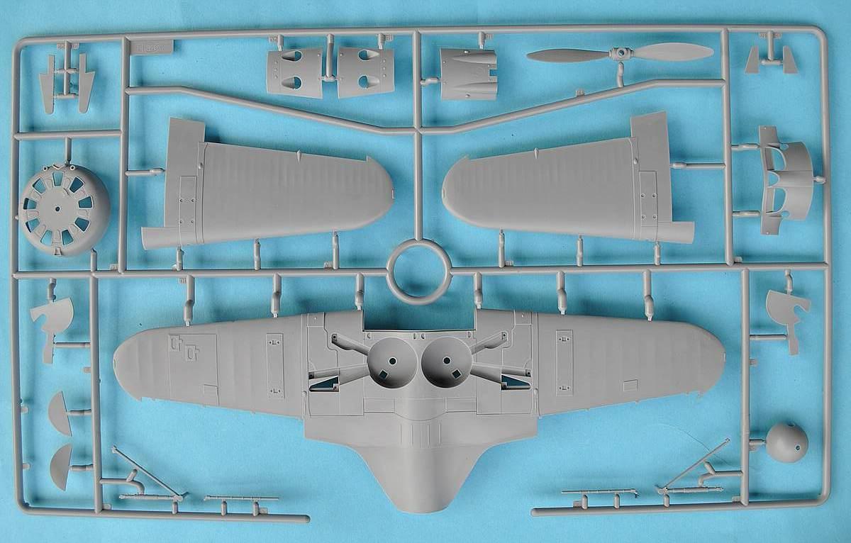 ICM-32001-I-16-Typ-24-21 Polikarpov I-16 Typ 24 in 1:32 von ICM (32001)