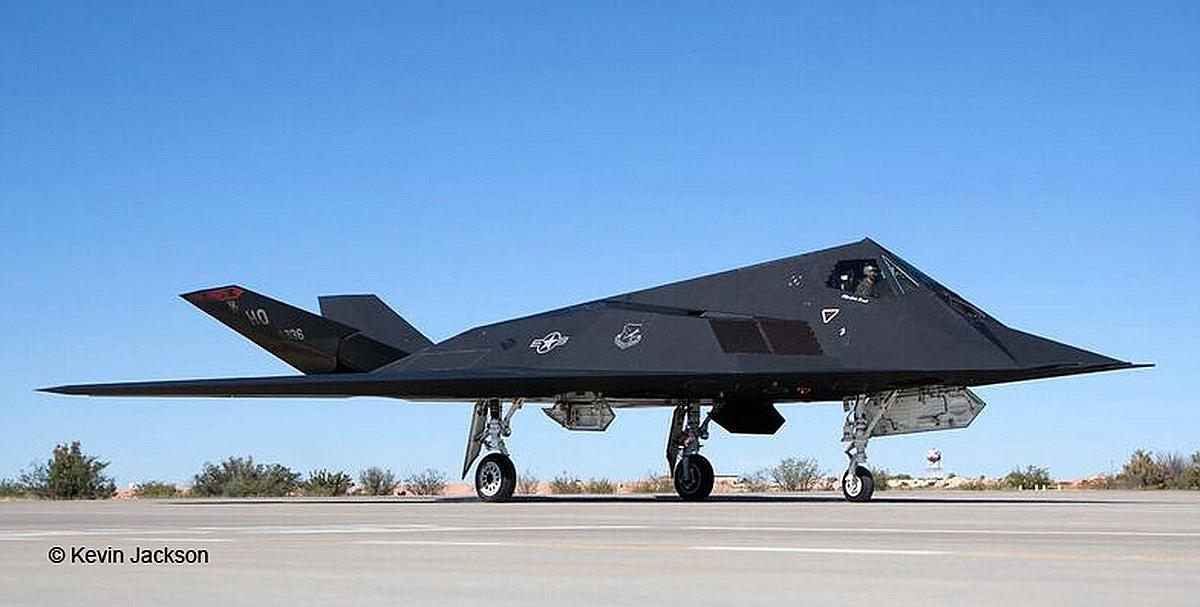 Revell-03899-F-117-Stealth-Fighter-c-Kevin-Jackson Die REVELL-Neuheiten Herbst 2017 und 1. Quartal 2018