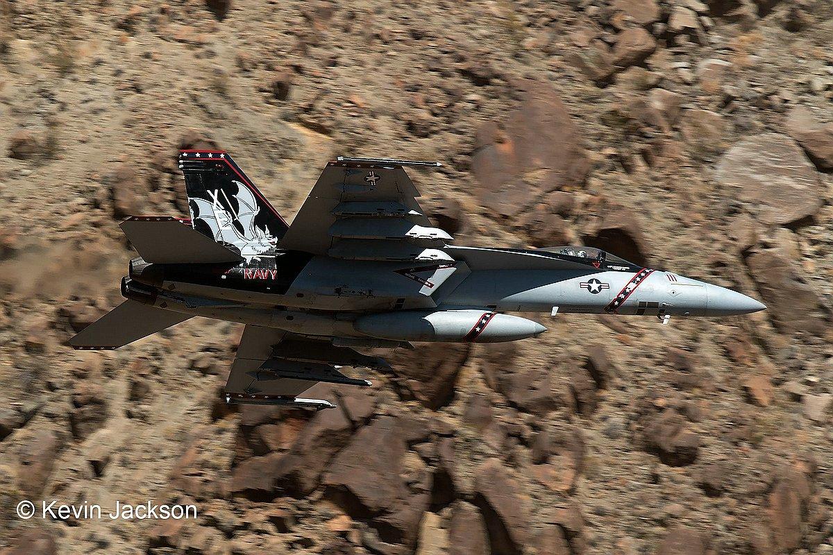Revell-04994-FA-18-EF-Super-Hornet_c-Kevin-Jackson Die REVELL-Neuheiten Herbst 2017 und 1. Quartal 2018