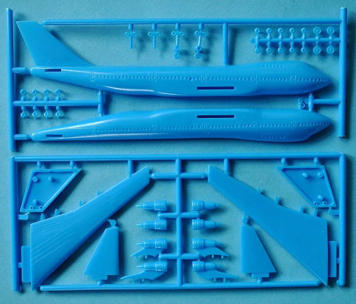 IMAI-Super-Machine-series-1-Boeing-747-Jumbo-6 Kit-Archäologie - heute: Starfix Tupolev Tu-16 im Maßstab 1:200