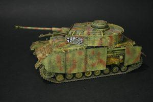 Zvezda-3620-Pz.-IV-Ausf.-H-GEBAUT-5-300x200 Zvezda 3620 Pz. IV Ausf. H GEBAUT (5)