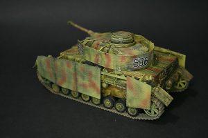 Zvezda-3620-Pz.-IV-Ausf.-H-GEBAUT-6-300x200 Zvezda 3620 Pz. IV Ausf. H GEBAUT (6)