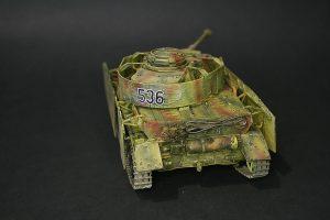 Zvezda-3620-Pz.-IV-Ausf.-H-GEBAUT-7-300x200 Zvezda 3620 Pz. IV Ausf. H GEBAUT (7)