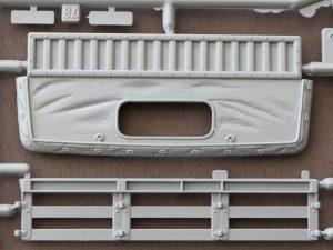 CDE-03-300x225 M1097 A2 Cargo Carrier 1:35 Italeri #6484